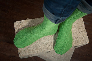 Bold-green-socks-0495-l_small2