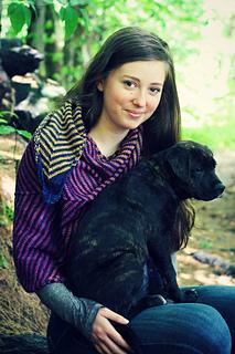 Chevron_shawl_w_dog_small2