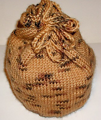 Knit_drawstring_bag_pic_small