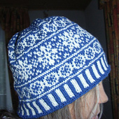Christmas_stars_beanie2_small_best_fit