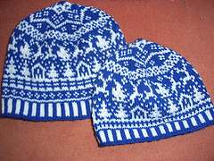 Santa_clause_is_coming_beanie4_small