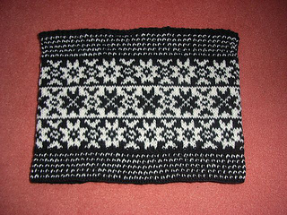 Black_star_cowl_small2