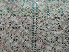 A_nepalese_lasce_shawl_closeup_300_small