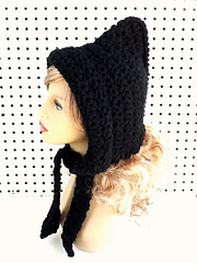 Crochet_pixie_hood_in_black_with_front_flap-012_small
