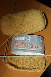 Bouquet_20sweater_20and_20sock_small2
