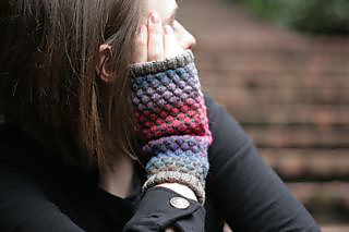 Dreamy_mitts_side_small2