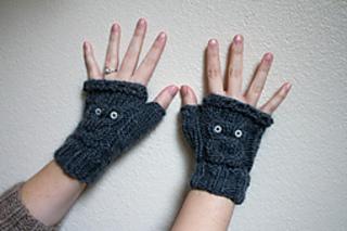 Meg-gloves-002_small2
