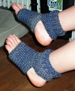 Achsah_s_yoga_socks_0001_small2