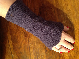 Karkom_wristwarmers_small2