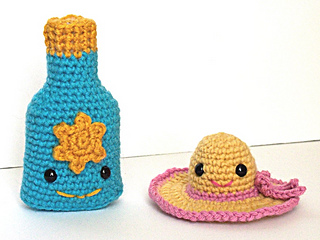 Suncreen_bottle_and_sunhat_100_7921_small2