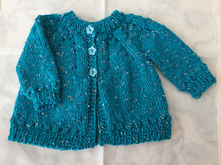 710582790 Ravelry  Marianna s Lazy Daisy Top-Down with sleeves pattern by ...
