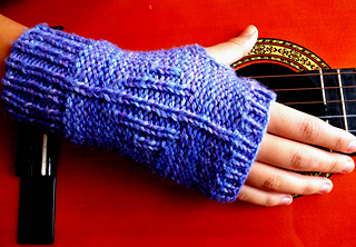 Knit_actually_mitts_take2_small2