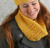 Gold_cowl_ilk_small_best_fit