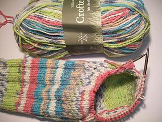 c1dcc95ef669 Ravelry  Flip Flop Socks pattern by Michele C Meadows