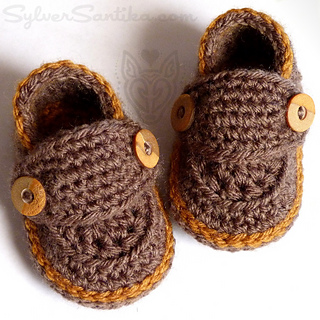 c154922edcc Ravelry  Little Button Loafers pattern by Sylver Santika
