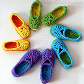 Hook_candy_crochet_patterns_sylver_santika_slippers_childrens_girls_mary_jane_skimmers_01_small_best_fit