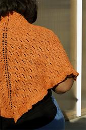 Isa_triangular_shawl__7__small_best_fit