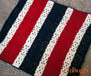 Red_white_and_baby_blanket_2_small2