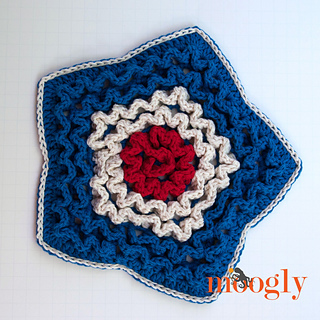 Star_spangled_trivet_square_small2