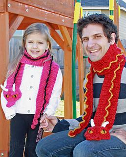 Bri___trev_dragon_scarf2w_small2