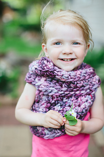 Kid_katniss_cowl-04_small2