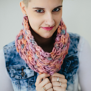 Spring_cowl-izzie-05_small2