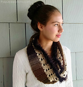 Autumn___lace_infinity_scarf_pattern_by_carolyn_calderon_small_best_fit
