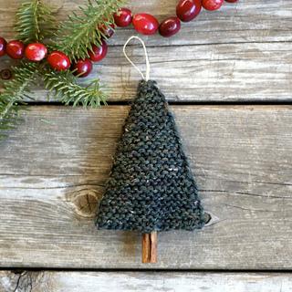 Knit_christmas_tree_small2