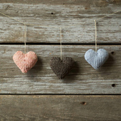 Knit_love_hearts_small_best_fit