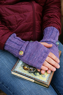 Buttonstrapmitts2_small2
