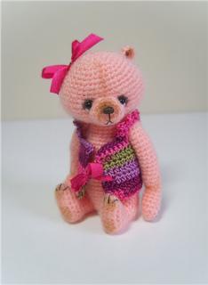 Dressed_bear_2_small2