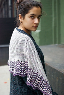 Lorna_s_shawl_fin1_small2