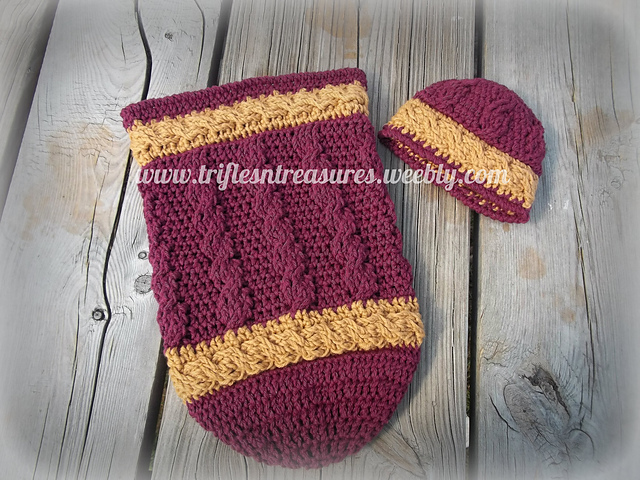 Cable Banded Cocoon & Hat Set pattern by Tera Kulling