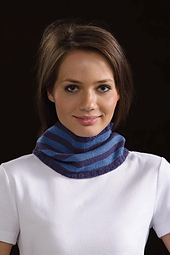 Striped_stockinette_cowl_small_best_fit