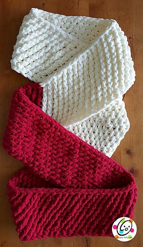 Loopy_scarf_pattern_medium