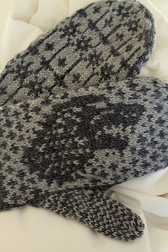Ravelry Direwolf Mittens Pattern By Carly Hill
