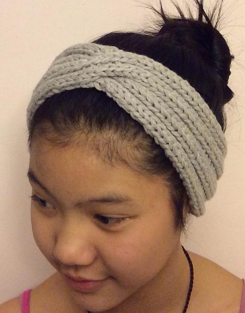Ravelry: Anthro-tastic Headband pattern by Vera Sanon