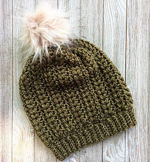 09b0e8499e057 Ravelry  The Ivy Beanie pattern by While They Dream