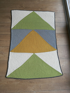 43bd10cbbd768 Ravelry  tutusia s Flying Geese Knit Baby Blanket