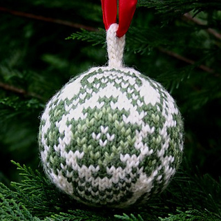 Kilim-christmas-ball_small2