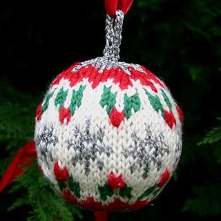 Holly-christmas-ball_small2