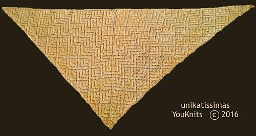 Youknits_example_triangle_shawl_1_2e_medium