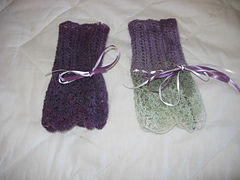 Lacy_mitts_small