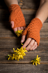 01_mia_gloves_small_best_fit
