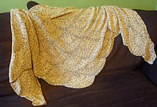 Crochet-fan-shawl_medium2_small2