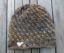 Black_rock_hat_heart_small_best_fit