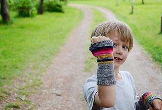 Rag-rug-mitts-4_small2