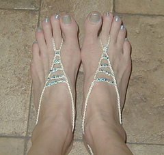 Both_barefoot_sandals_small