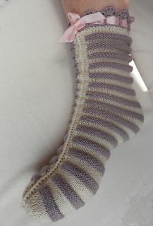 Knitting Pattern For Ladies Bed Socks : Ravelry: Ladies Knitted Bed Socks pattern by Anna Schumacker