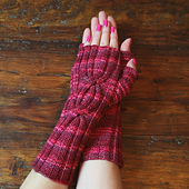 Cabled_mitts_for_patt_small_best_fit